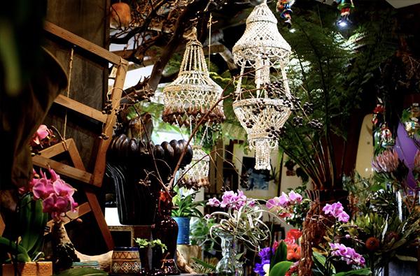博物花屋マニエラ